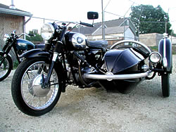 cycle-triumph-sm.jpg