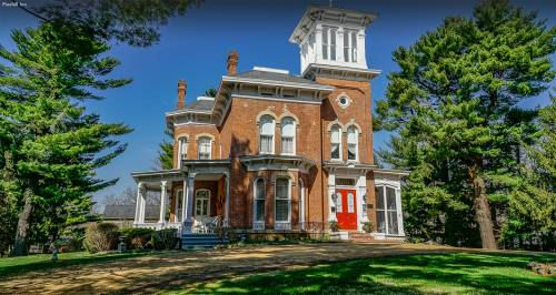 Charm & History | Pinehill Inn Bed & Breakfast