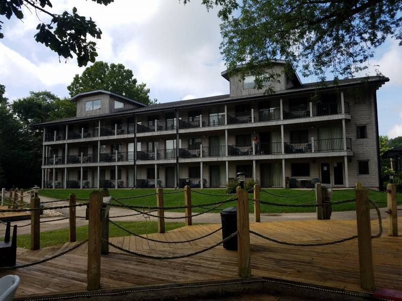 Paddle Wheel Inn